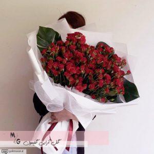 دسته گل هدیه رز قرمز2