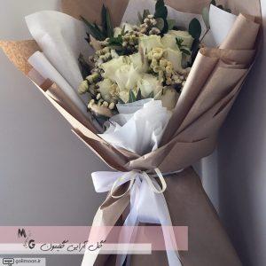 دسته گل هدیه رز سفید2